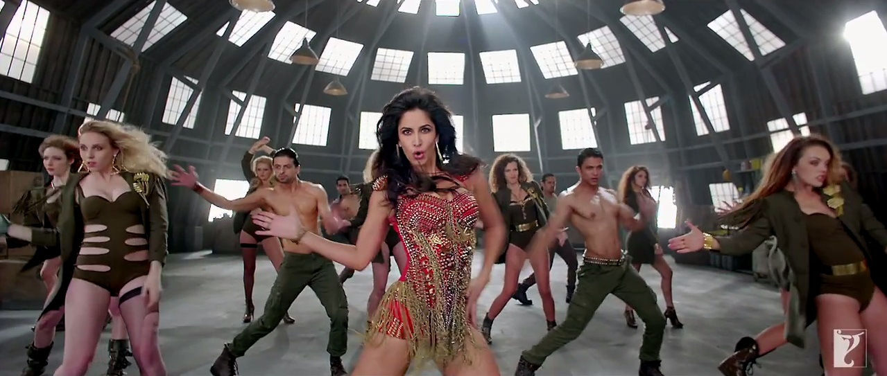 Dhoom 3 Title Song Ft. Katrina Kaif