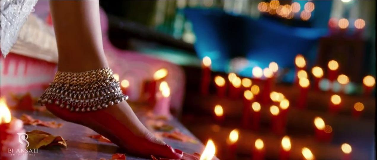 Beautiful Feet Of Priyanka Chopra In Ramleela