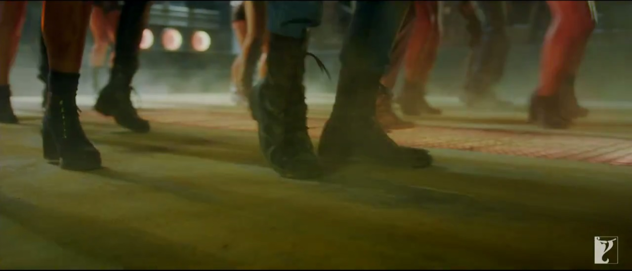 Dhoom 3: Foot Work Of Aamir's Team On  Dhoom Tap Promo Video Song