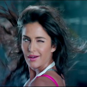 Dhoom 3 - Killing Look Of Katrina in Kamli Video Song