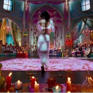 Priyanka Chopra - Sexy Back - Goliyon Ki Raasleela Ramleela