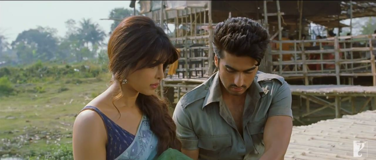 Arjun Kapoor Offering Food To Priyanka Chopra In A Banana Leave In Saayaan Video Songs