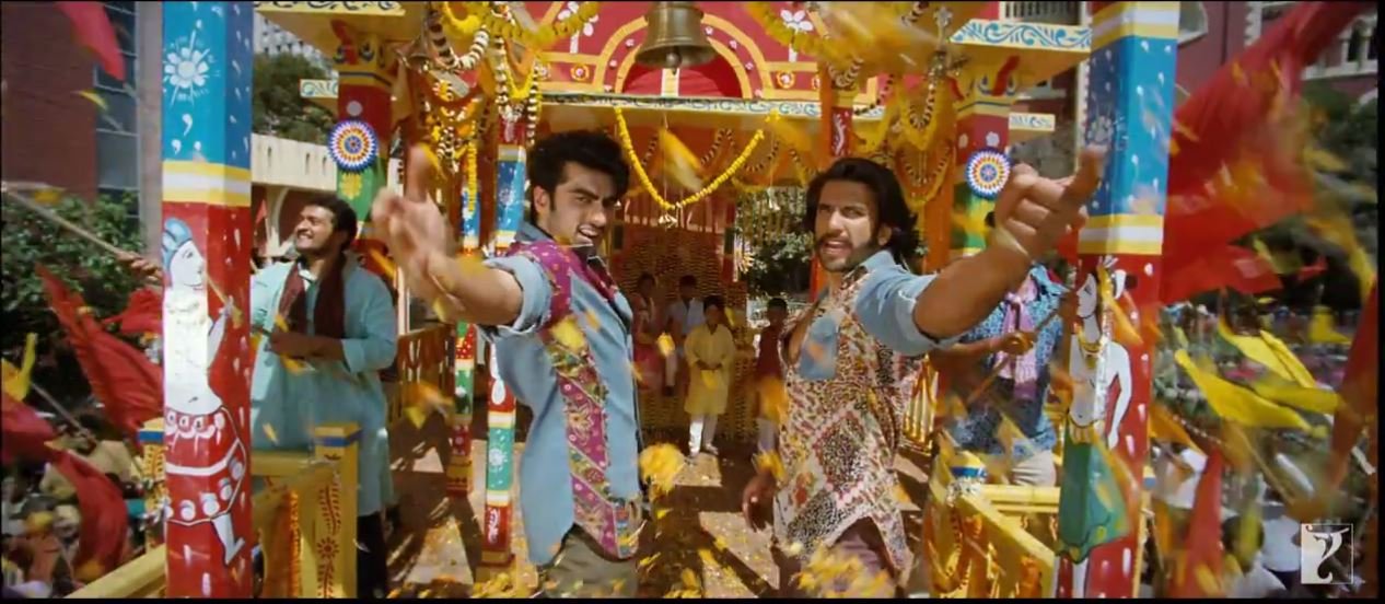 Arjun Kapoor and Ranveer Singh In Tune Maari Entriyaan Video Song - Gunday (2014)