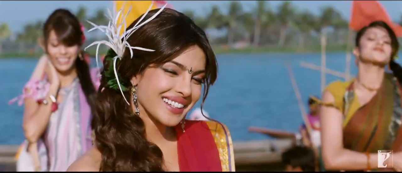 Killing Smile Of Nandita (Priyanka Chopra) In Tune Maari Entriyaan Video Song - Gunday