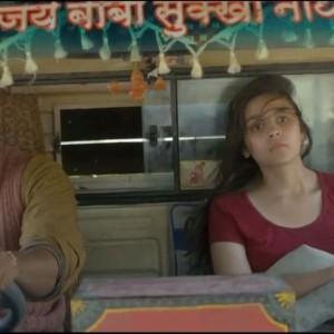 Alia Bhatt And Randeep Hooda In A Truck - Highway Movie Video Song Maahi Ve