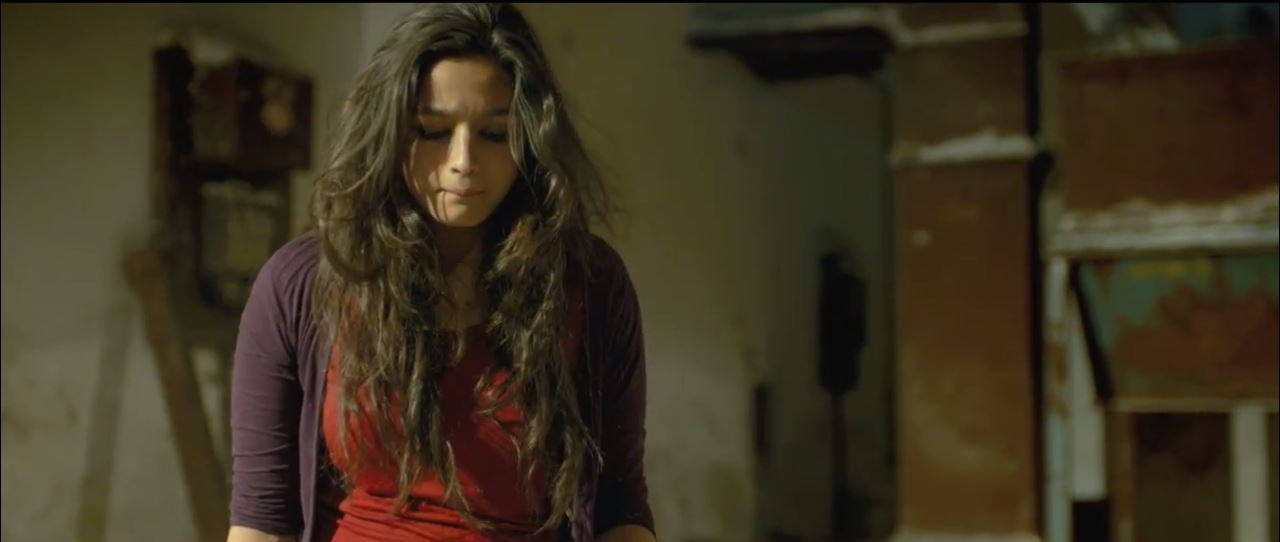 Cute Alia Bhatt In Maahi Ve Video Song Highway (2014)