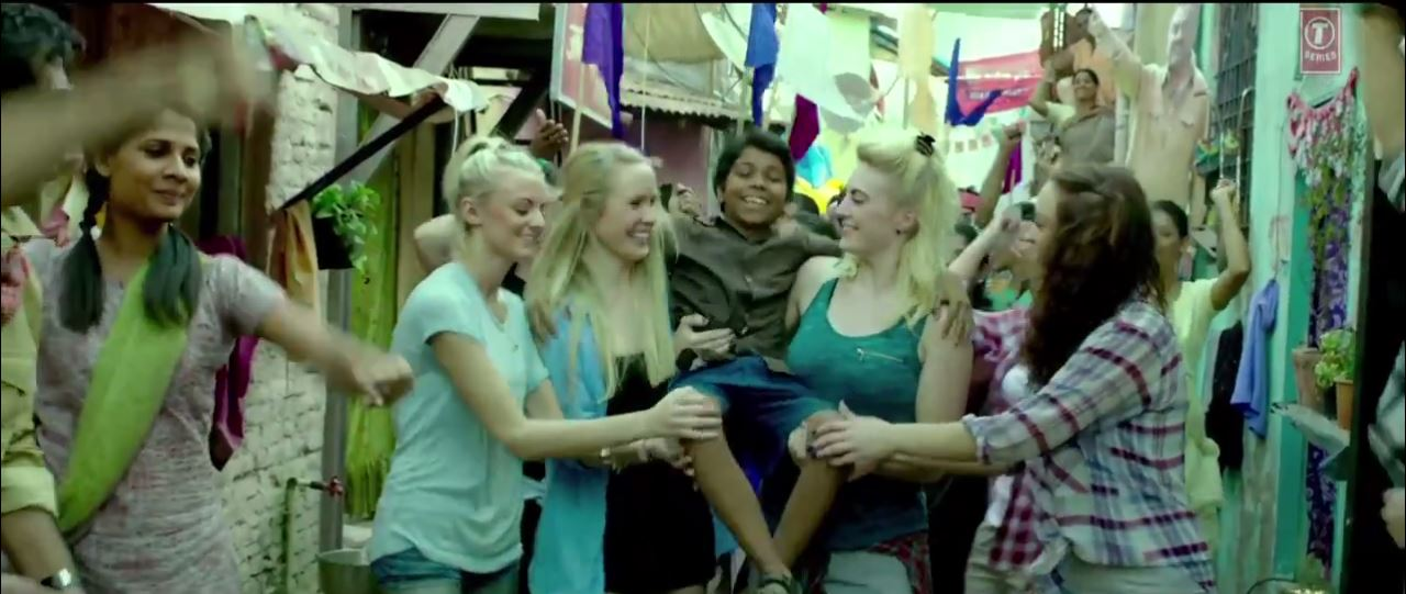 Parth Bhalerao With Four Beautiful Foreigner In Video Song Of Bhoothnath Returns Movie