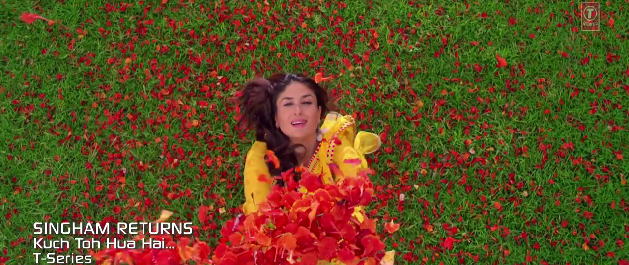 Lovely Kareena Kapoor Khan in Kuch Toh Hua Hai HD Video Song