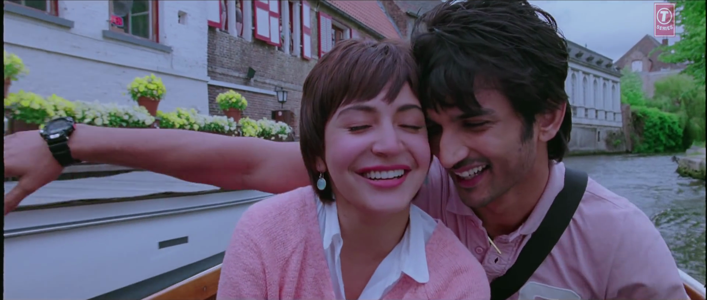 Anushka Sharma and Sushant Singh Rajput in PK Movie