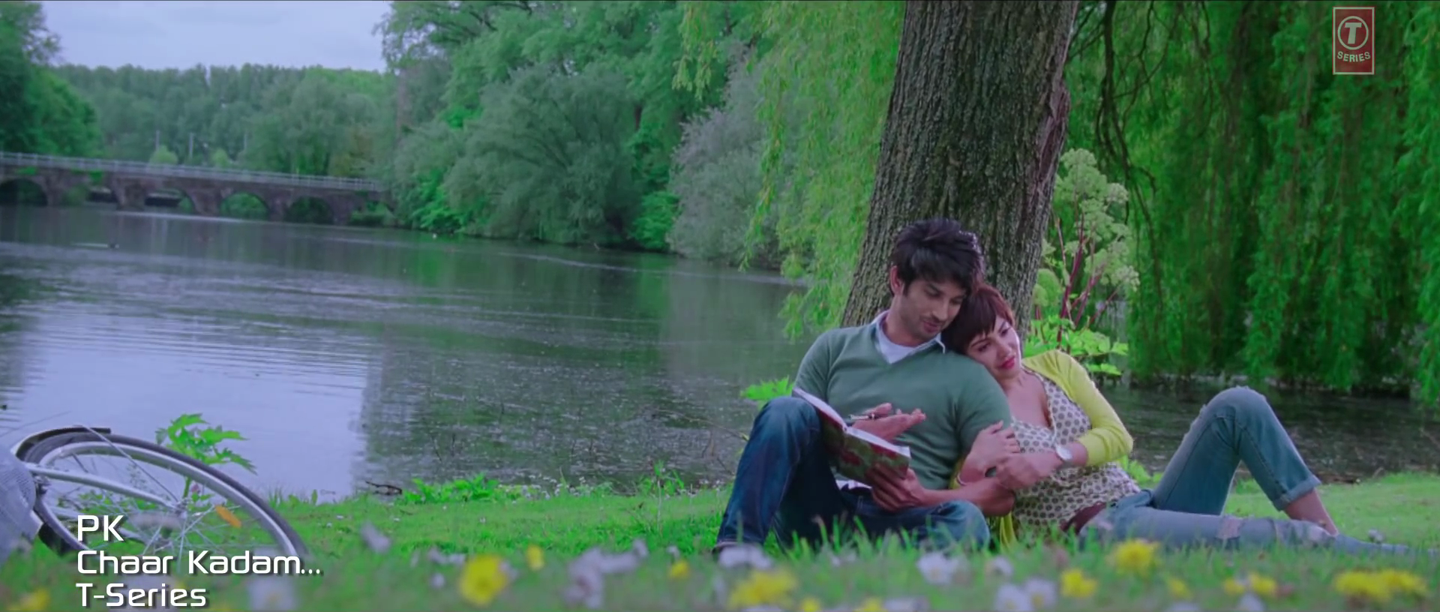 Anushka Sharma and Sushant Singh Rajput Romantic Scene in Chaar Kadam Video Song