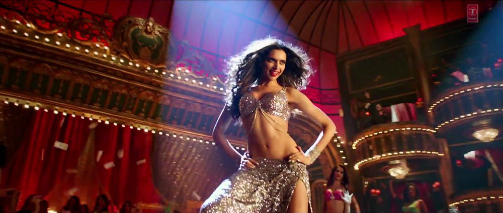 Deepika Killer Look in Lovely Dancing Video Song