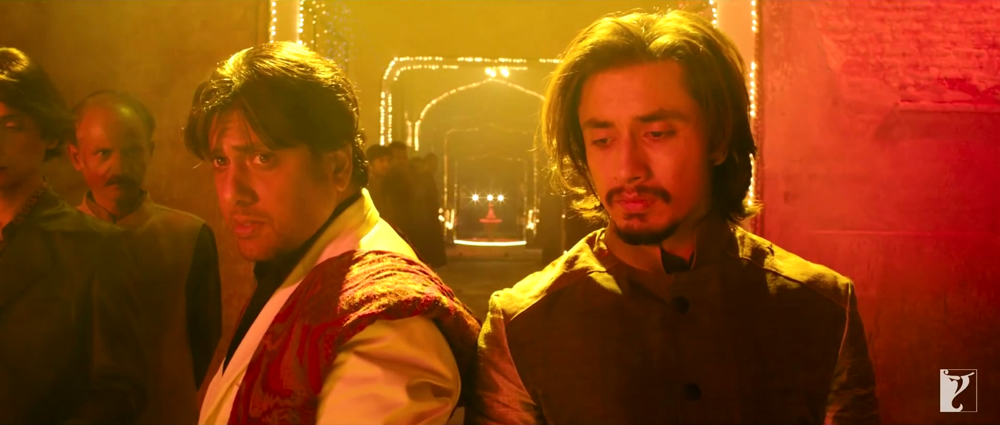 Govinda and Ali zafar Dance in Bol Beliya Song from Kill Dil Film