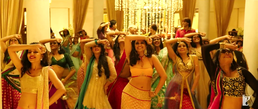 Parineeti Chopra Dance in Bol Beliya HD Video Song from Kill Dil  Movie