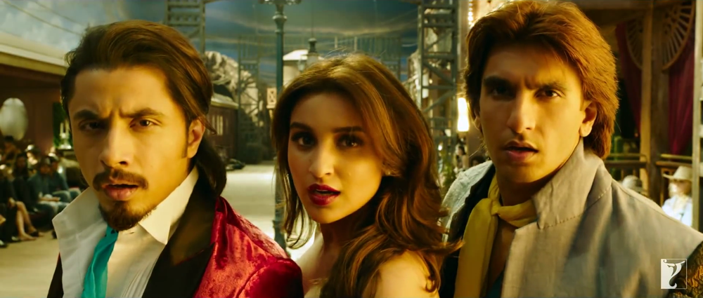 Ranveer Singh Parineeti Chopra and Ali Zafar Beautiful Face In Nakhriley Song