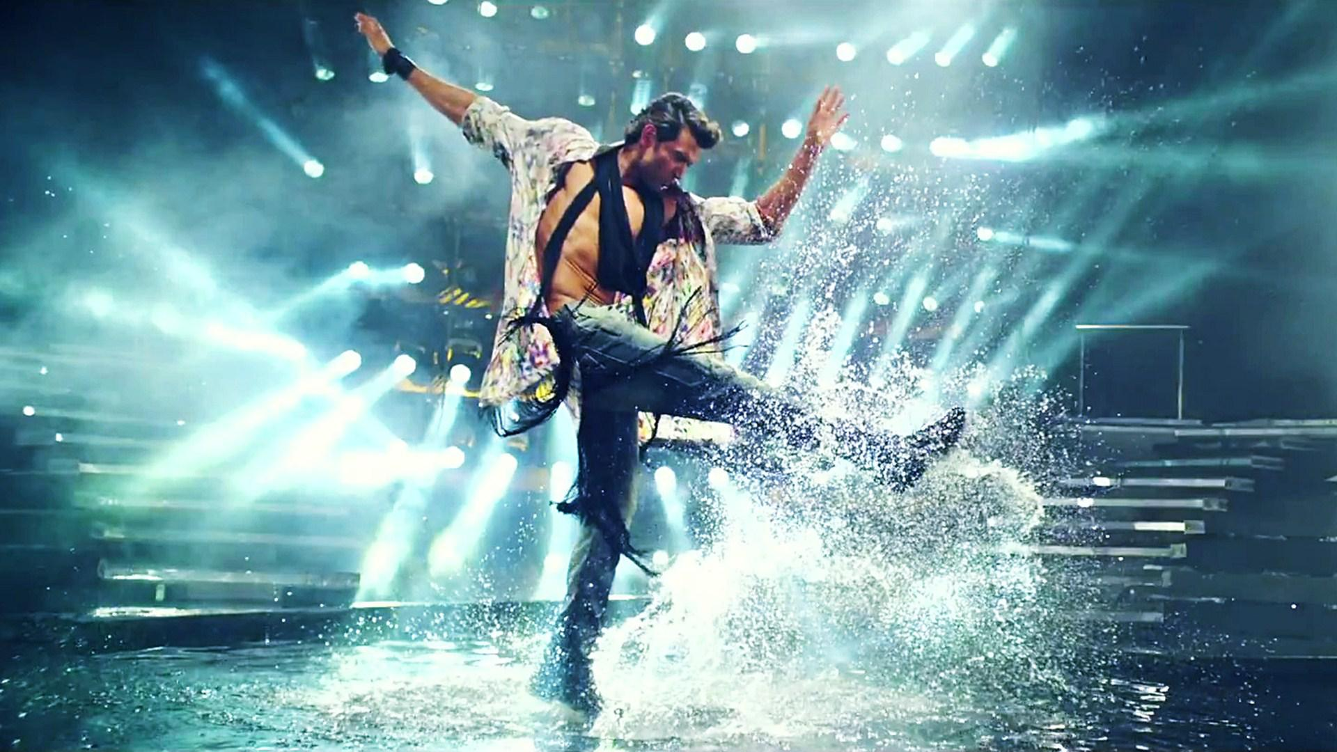 Bang Bang Title Full Song Hrithik Roshan Dance