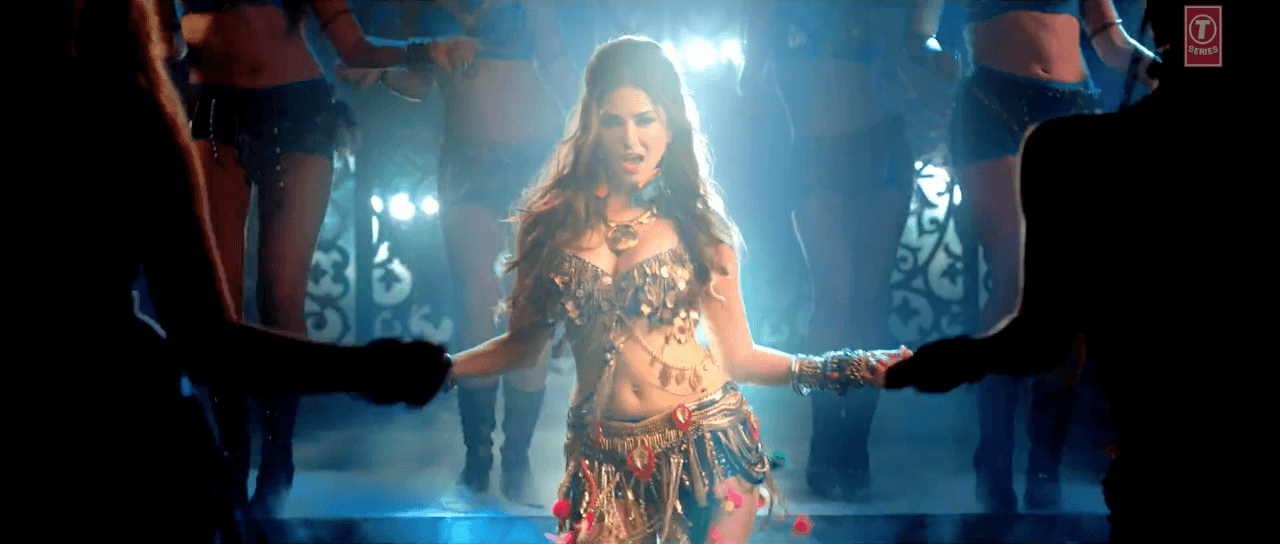 Ek Paheli Leela:  Sunny Leone Hot Sexy Bikini Dance in Desi Look HD Video Song