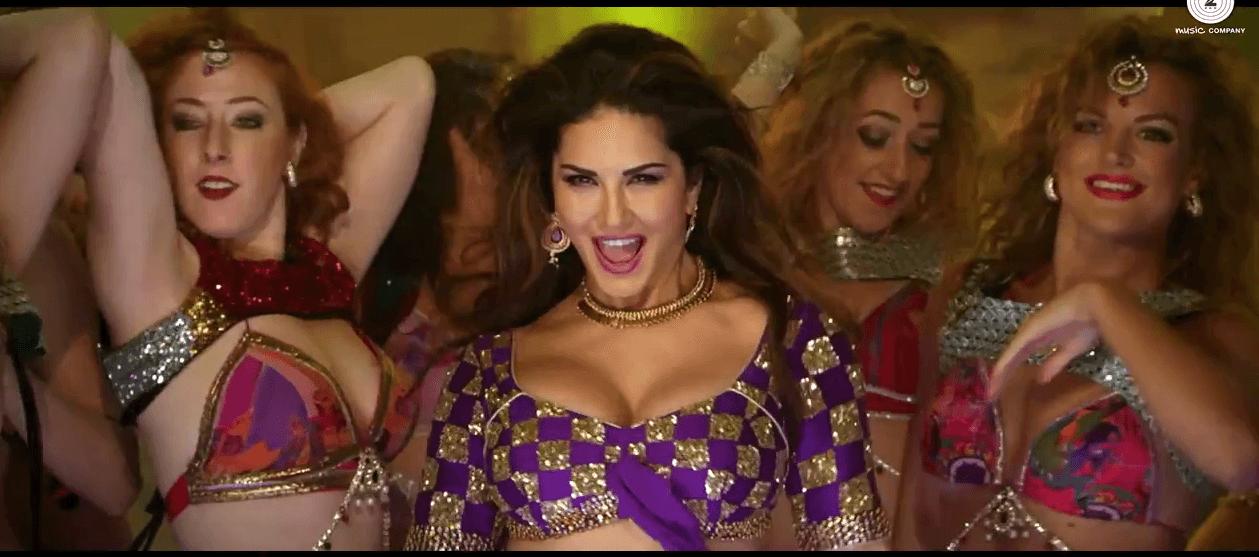 Sunny Leone Hot Dance In Kuch Kuch Locha Hai