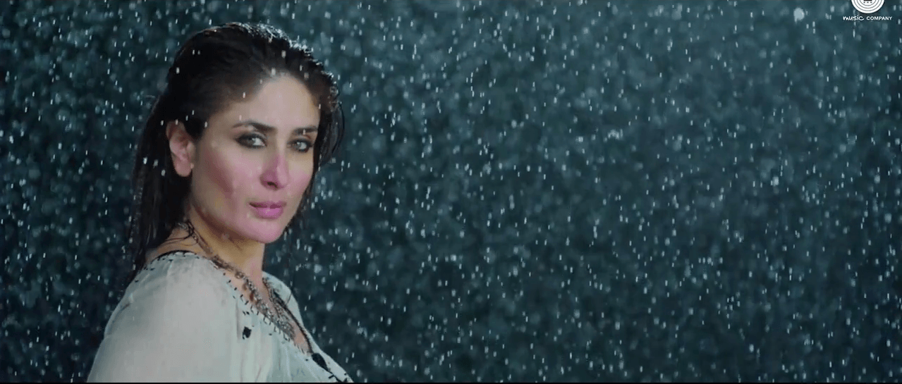 Kareena Kapoor Dance In Teri Meri Kahaani Song