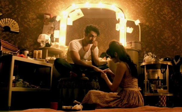 Behroopia Video Song Download