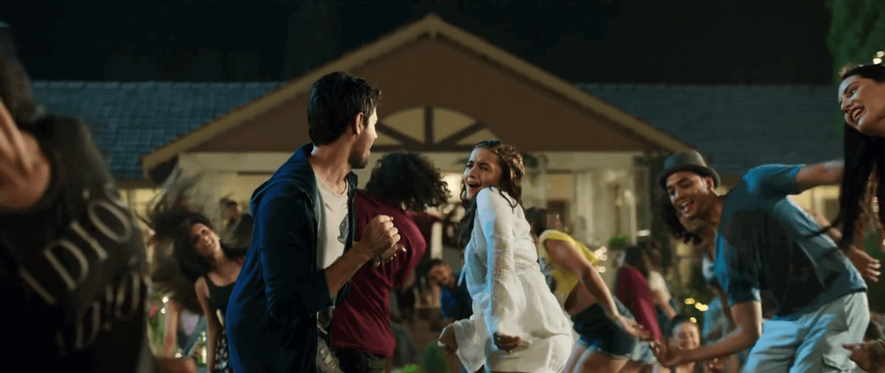 Kapoor and Sons – Kar Gayi Chull Video Song in Full HD