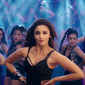 Kapoor and Sons - Killer Look of Alia Bhatt in Let's Nacho Video Song