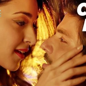 tu-cheez-badi-hai-video-image